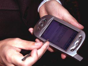 mobile-phone-4-1490452
